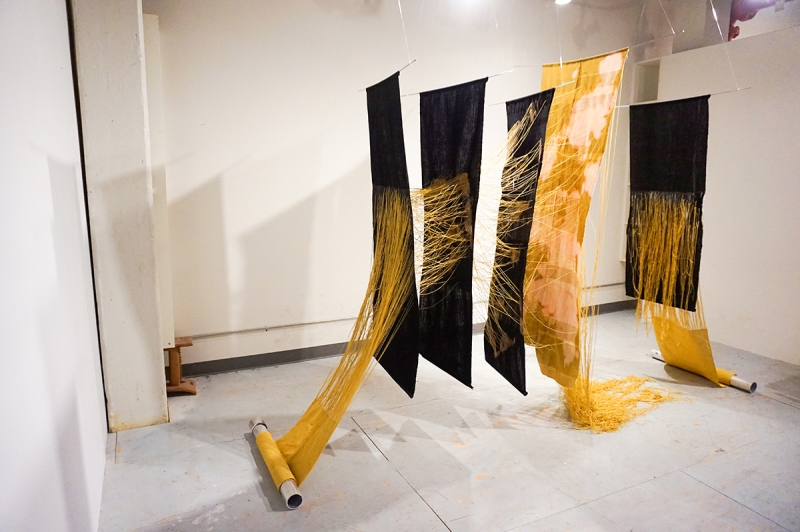 Woven Paintings Artist Creates Abstract Art Spinning Dyeing Wall Art