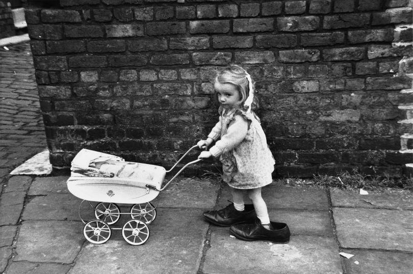 Shirley Baker Manchester, 1966 © Estate of Shirley Baker, Courtesy of The Photographers' Gallery