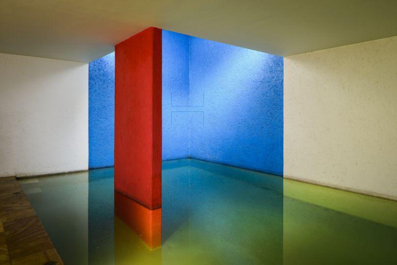 Untitled (Sculptural Study, Two-part Cornered Construction), ca. 1982/2007 JPG-Format (5.178 KB) 2500 x 1669 Pixel © 2018 Barragan Foundation, Switzerland/SOMAAP; Fred Sandback Archive