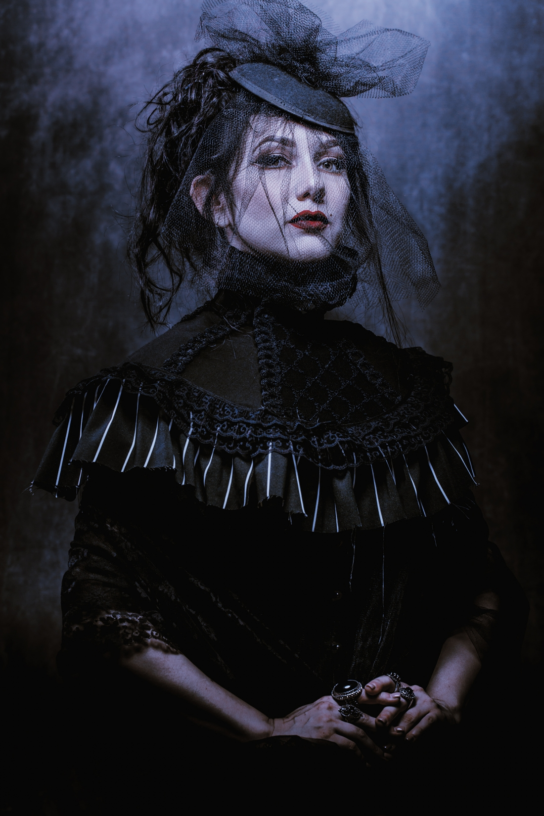 Painted Haunting Portraits Mix With Dark Fine Art Imagery For A Modern Take On Gothic