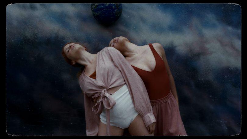 Pássaro Distante – Films.dance