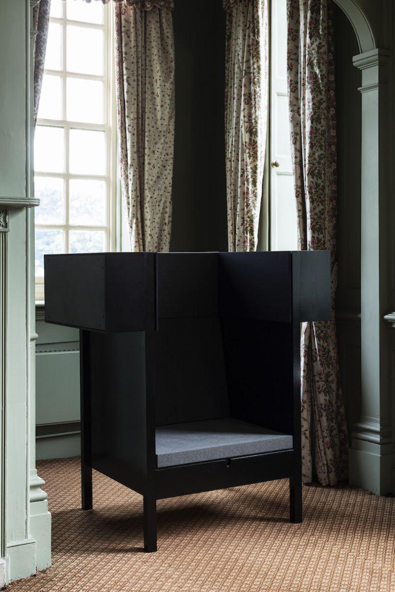 Chair by Carl Clerkin. Photo credits: Oskar Proctor