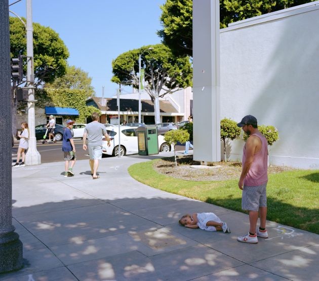 Jeff Wall Parent Child 2018 © Jeff Wall