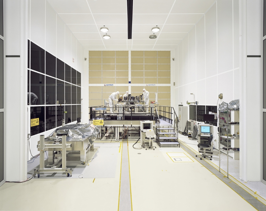 Assembly of the Near InfraRed spectrograph (NIRSpec) instrument,  one of four instruments on the ESA- NASA James Webb Space Telescope (Airbus Defence and Space, Ottobrunn ISO Class 5 Integration Facility, Germany) @ Edgar Martins