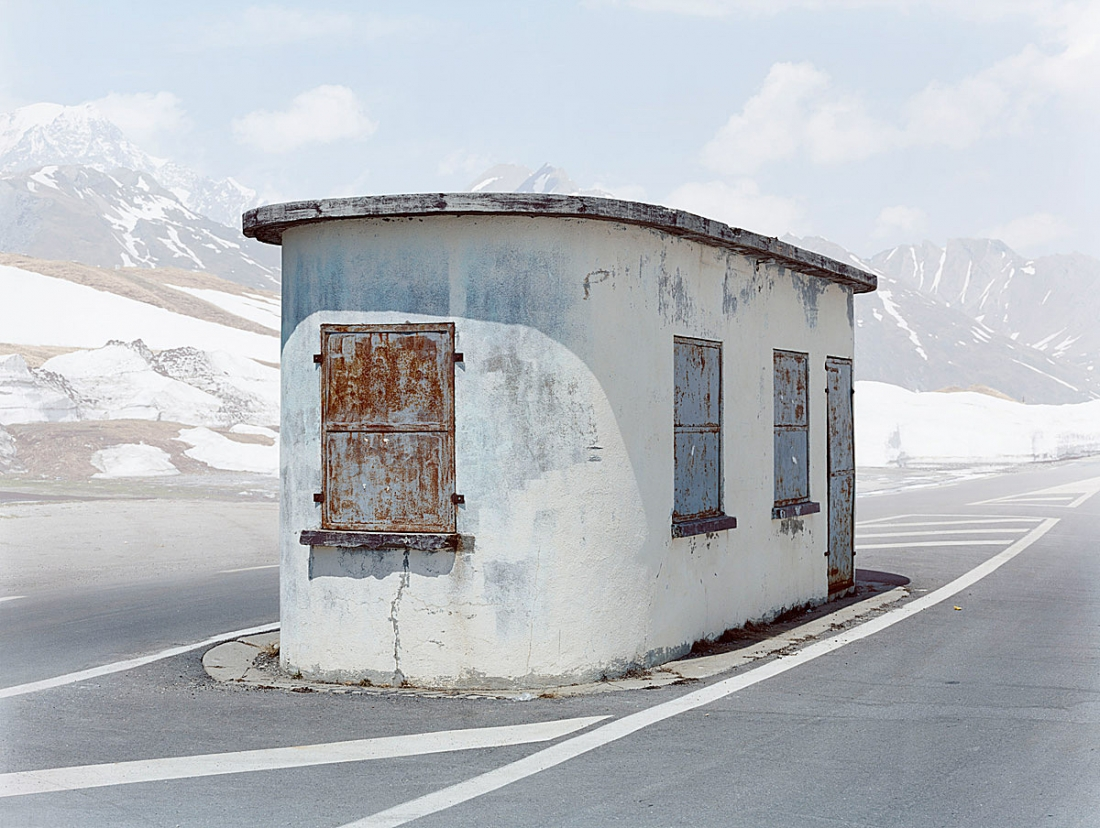 Abandoned Checkpoints: Photographer documents Europe's forgotten borders