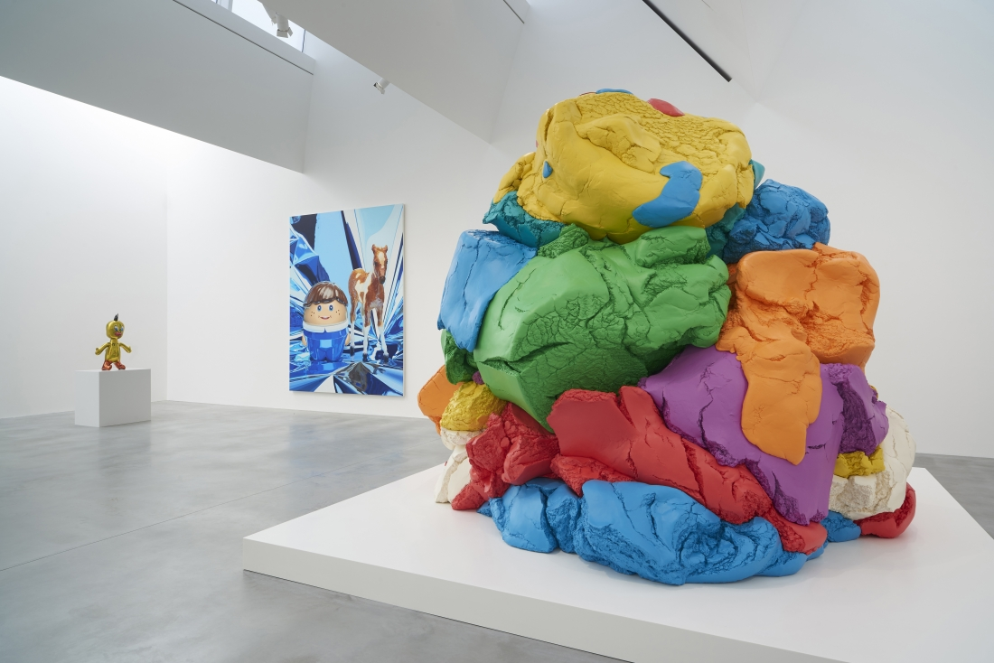 Coloring book by jeff koons - Jeff Koons Latest Exhibition Features Inflatables Hoovers And A Giant Ball Of Plasticine