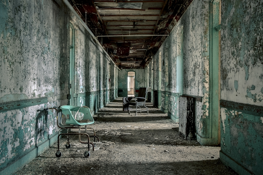 Abandoned Asylums An Unrestricted Journey Into America S