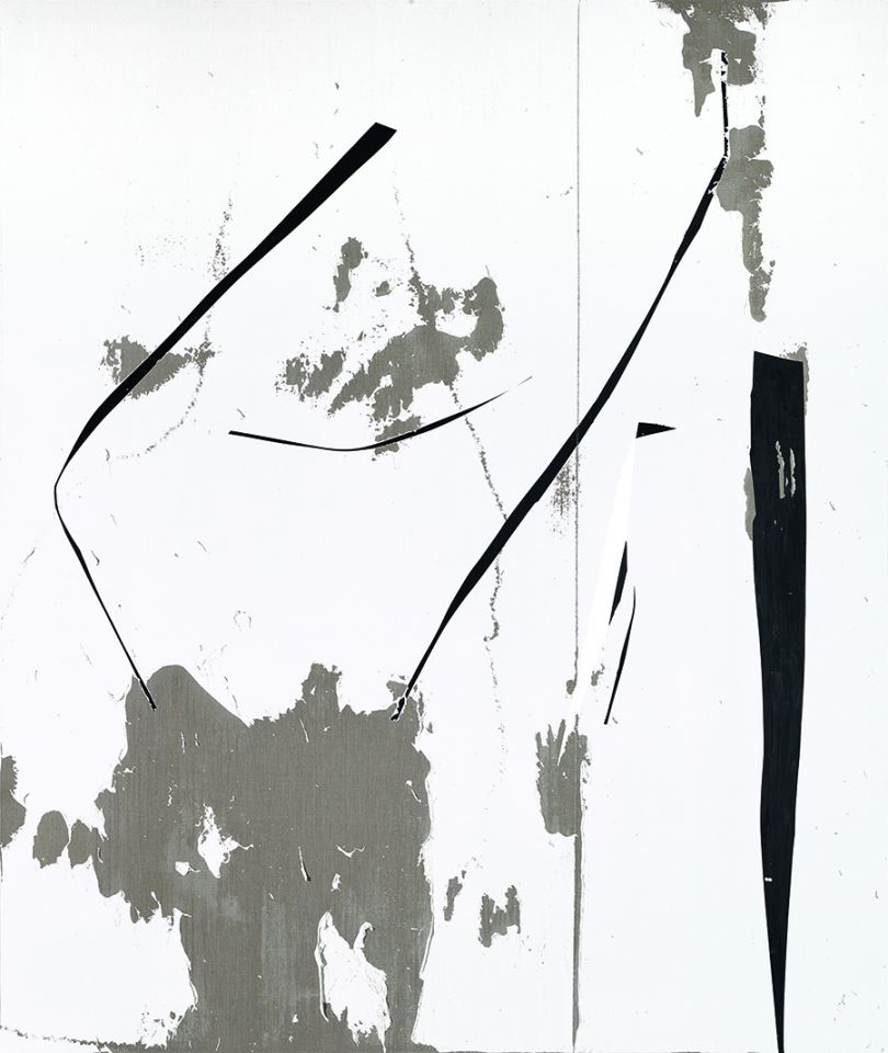 Secundino Hernández Untitled, 2017 Acrylic, rabbit skin glue, chalk, calcium carbonate and titanium white on linen 311 x 261 x 15 cm 122 1/2 x 102 3/4 x 5 7/8 in Courtesy the Artist and Victoria Miro, London © Secundino Hernández