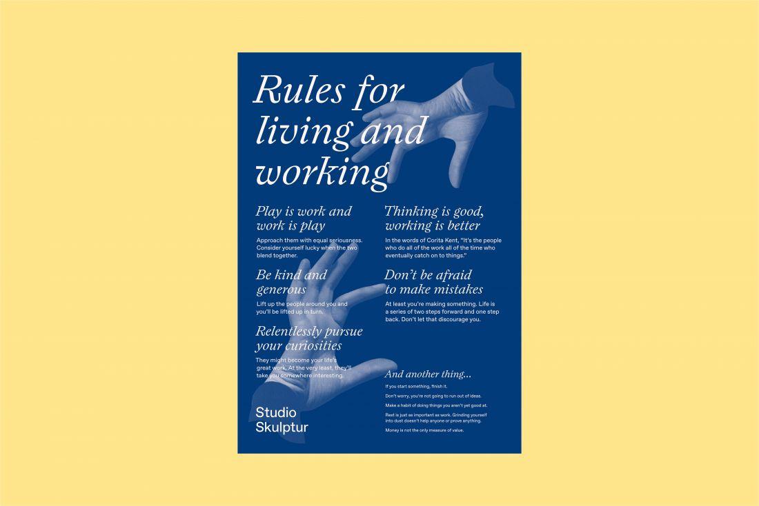Плакат «Правила жизни и работы» напоминает трио, что важно