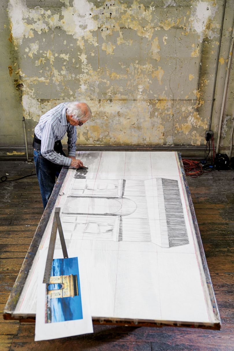 January 2020, New York City, Christo in his studio, working on a large preparatory drawing for the Arc de Triomphe, Wrapped Photo: © Wolfgang Volz