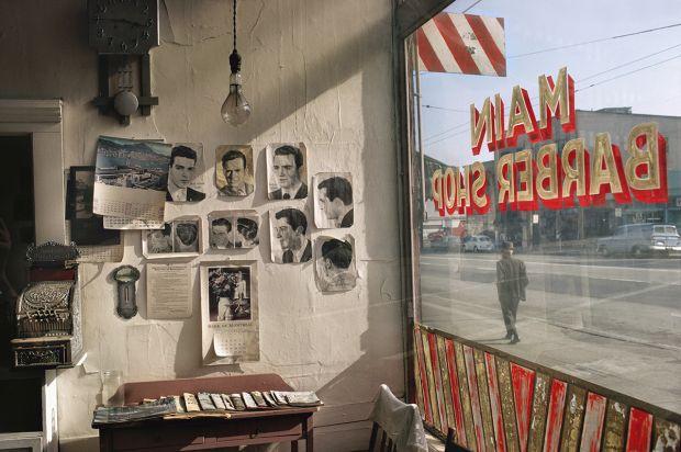 Main Barber, 1968 – © Fred Herzog
