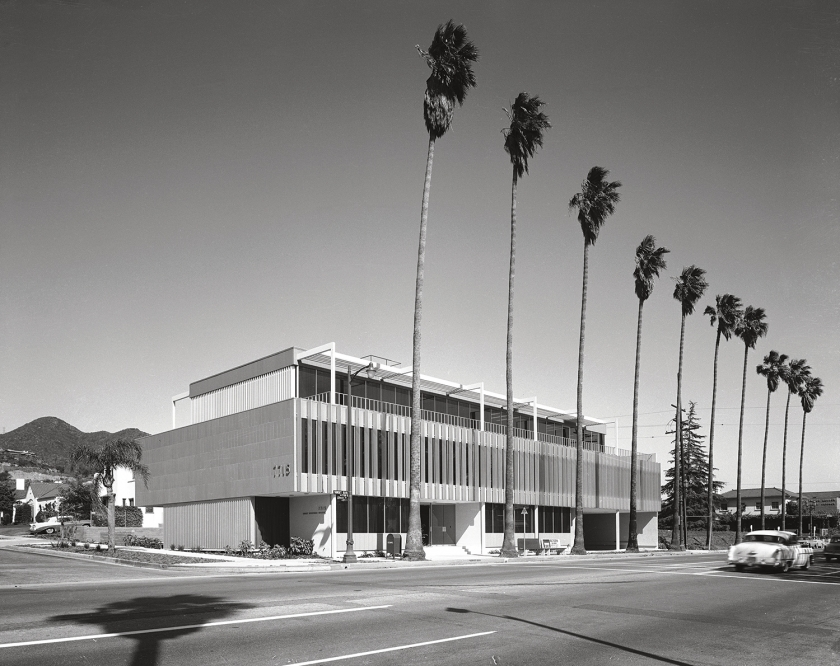 Honnold & Rex Office building on Sunset Boulevard, Los Angeles, 1961. Picture credit: courtesy of the Estate of Marvin RandWelton Becket & Associates, Cinerama Dome, Hollywood, 1963. Picture credit: courtesy of the Estate of Marvin Rand