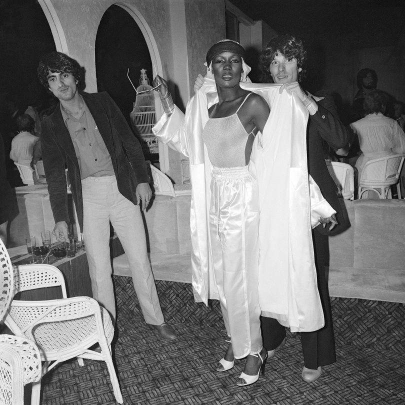 Grace Jones Arrives on Opening Night, La Farfalle NY, June 1978 ©Meryl Meisler