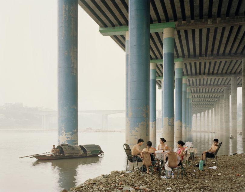 © Nadav Kander, Chongqing IV (Sunday Picnic), Chongqing Municipality, 2006. Courtesy of Flowers Gallery