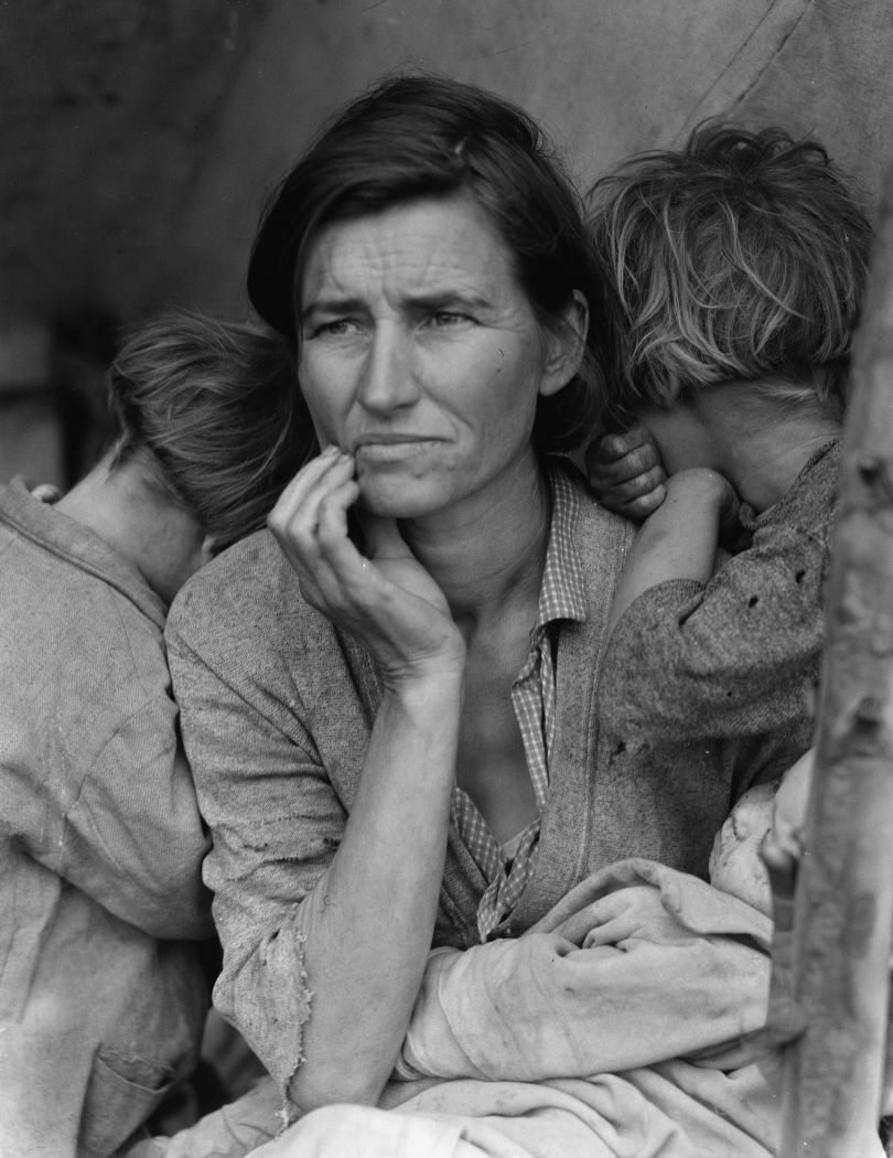 Dorothea Lange. Destitute Pea Pickers in California. Mother of Seven Children, age 32. Migrant Mother, 1936. (From the Library of Congress, Prints & Photographs Division)