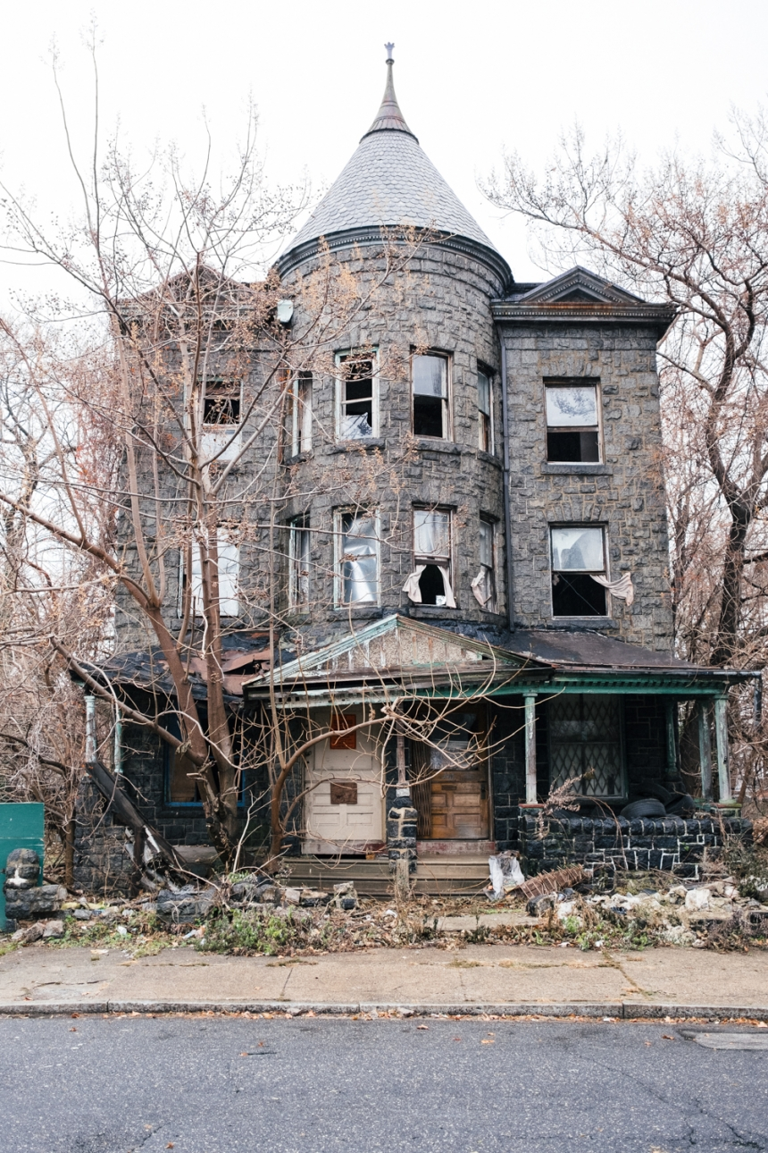 The abandoned homes of Philadelphia: Austin Hodges ...