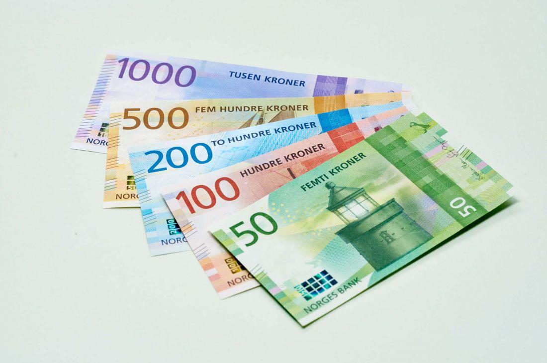 Rüyada Çok Kağıt Bozuk Yabancı Para Evde Görmek