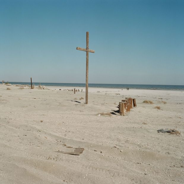 Bombay Beach © Debbie Bentley. All images are copyright [Debbie Bentley](https://www.debrabentley.net) from the book Salton Sea published by [Daylight Books]()