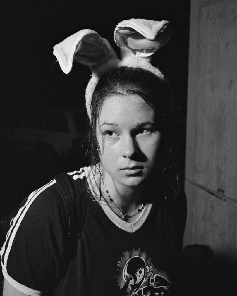 Alec Soth, Bunny Ears. Saint Paul, Minnesota 1996, from the series: Looking For Love,1996 © Alec Soth / Magnum Photos