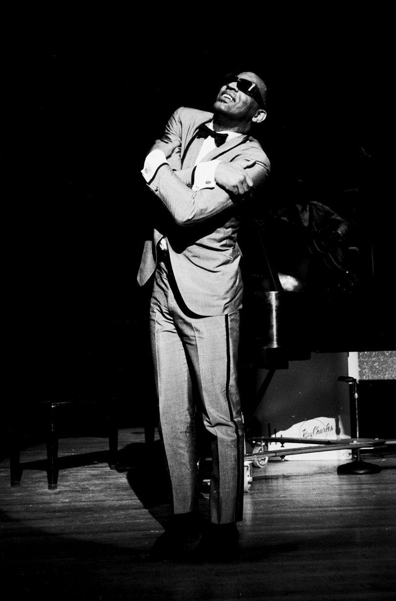 Ray Charles Hugging, New Jersey, 1963. © Steve Schapiro, courtesy Howard Greenberg Gallery, New York