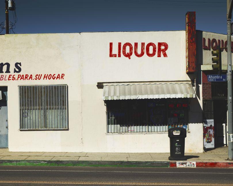 Lucky Liquor Market, Los Angeles, 2017 © Ben Hassett