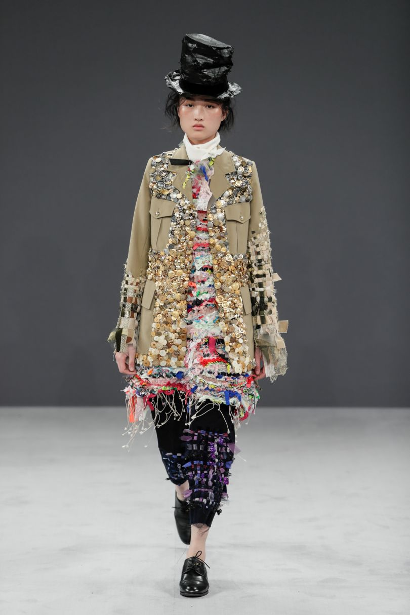 Viktor&Rolf Haute Couture AutumnWinter 2016 – Vagabonds. Photo credit Team Peter Stigter