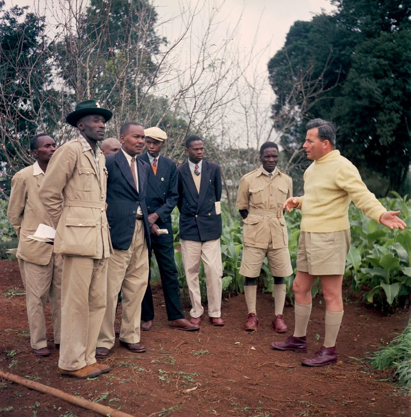Kenya, 1958 – Group of Kenyan farmers visiting a British colonial-run farm, July 30 © 2021 Todd Webb Archive
