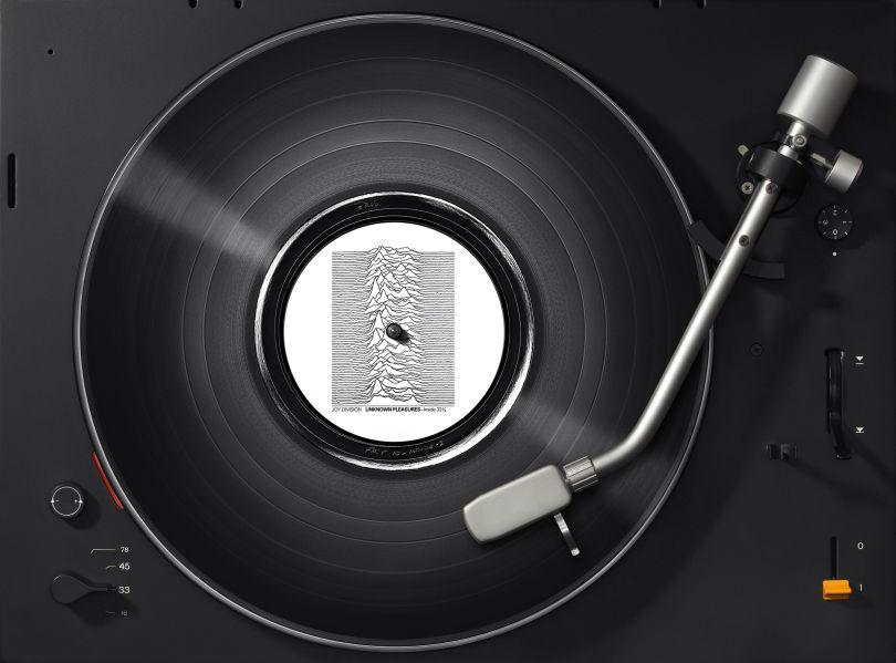 Joy Division – Unknown Pleasures on Braun. Image Credit: Kai Schäfer