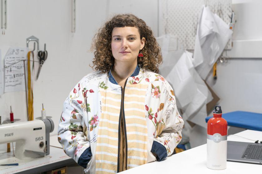 Olivia, fashion designer