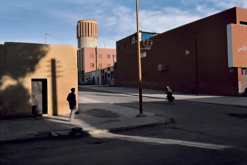 Morocco, Ouarzazate, 1982 © Harry Gruyaert / Magnum Photos. Courtesy of Michael Hoppen Gallery