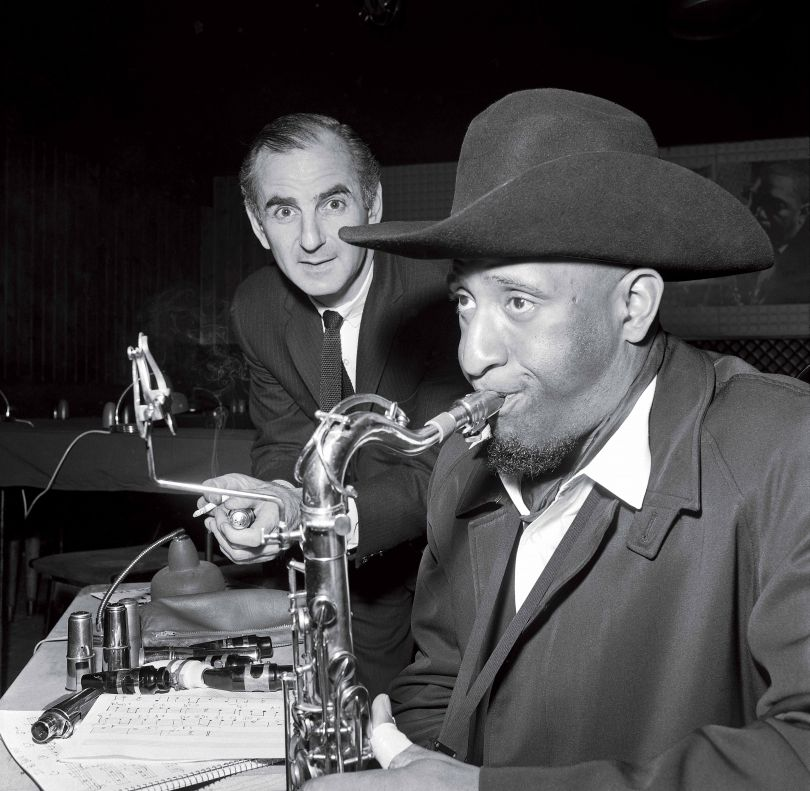 Ronnie Scott and Sonny Rollins having a tune up © Freddy Warren. All images courtesy of Reel Art Press. Via submission