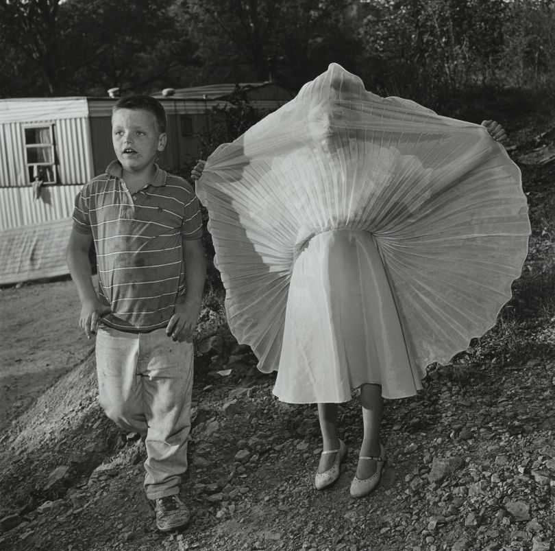 Jeff Gilman and Stacy Spiyey, Mc Kee, Kentucky © Mary Ellen Mark. Courtesy of Howard Greenberg Gallery