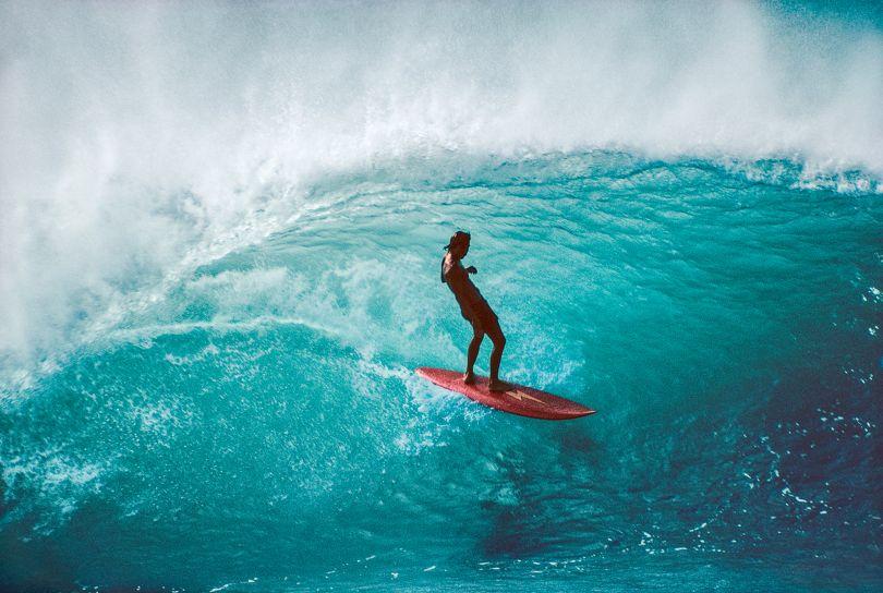 Gerry Lopez, Pipeline, Hawaii 1975 – Photo © Jeff Divine