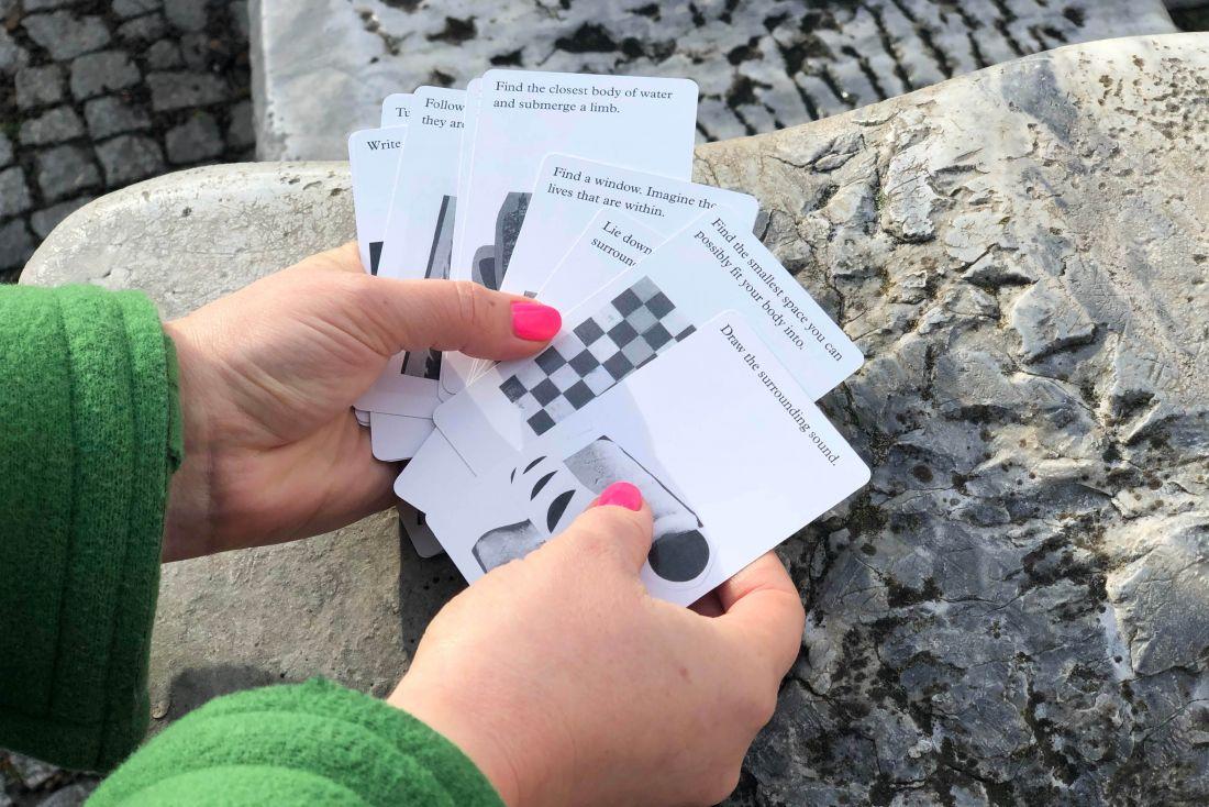 «Инструкции по дрифту» игральных карт от [Shop Skulptur] (https://www.studioskulptur.com/shop)