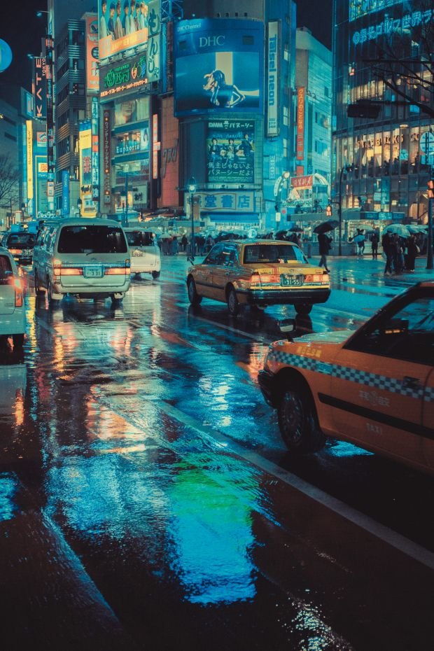 'Technicolor' 23:52:00 © Liam Wong. All images courtesy of the artist and Thames & Hudson