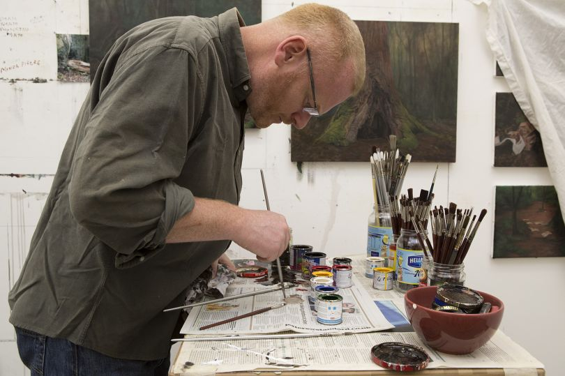 George Shaw mixing paints in studio © Courtesy: The Artist and Wilkinson Gallery, London / photo The National Gallery, London
