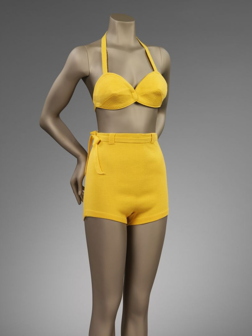 Two piece bathing suit retailed by Finngans Ltd. London 1937-1939. Wool jersey _C_ Victoria and Albert Museum London