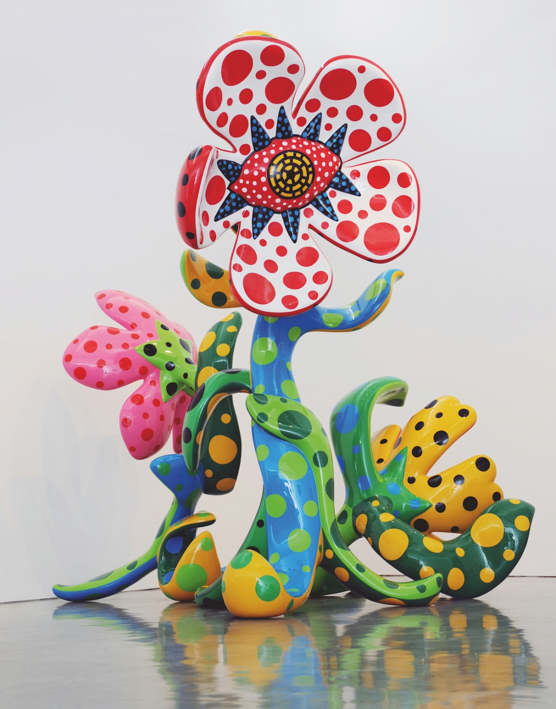 Yayoi Kusama, Flowers That Bloom at Midnight, 2009, FRP, steel structure, urethane paint, 485 x 200 x 203 cm, 300 x 175 x 210 cm, 215 x 210 x 130 cm. Picture credit: artwork © Yayoi Kusama (page 186)