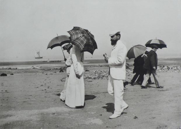 J.H. Lartigue © Ministère de la Culture - France / A.A.J.H.L. 'Cousin Caro and M. Plantevigne, Villerville, 1906'. Via direct submission | All images courtesy of Michael Hoppen Gallery