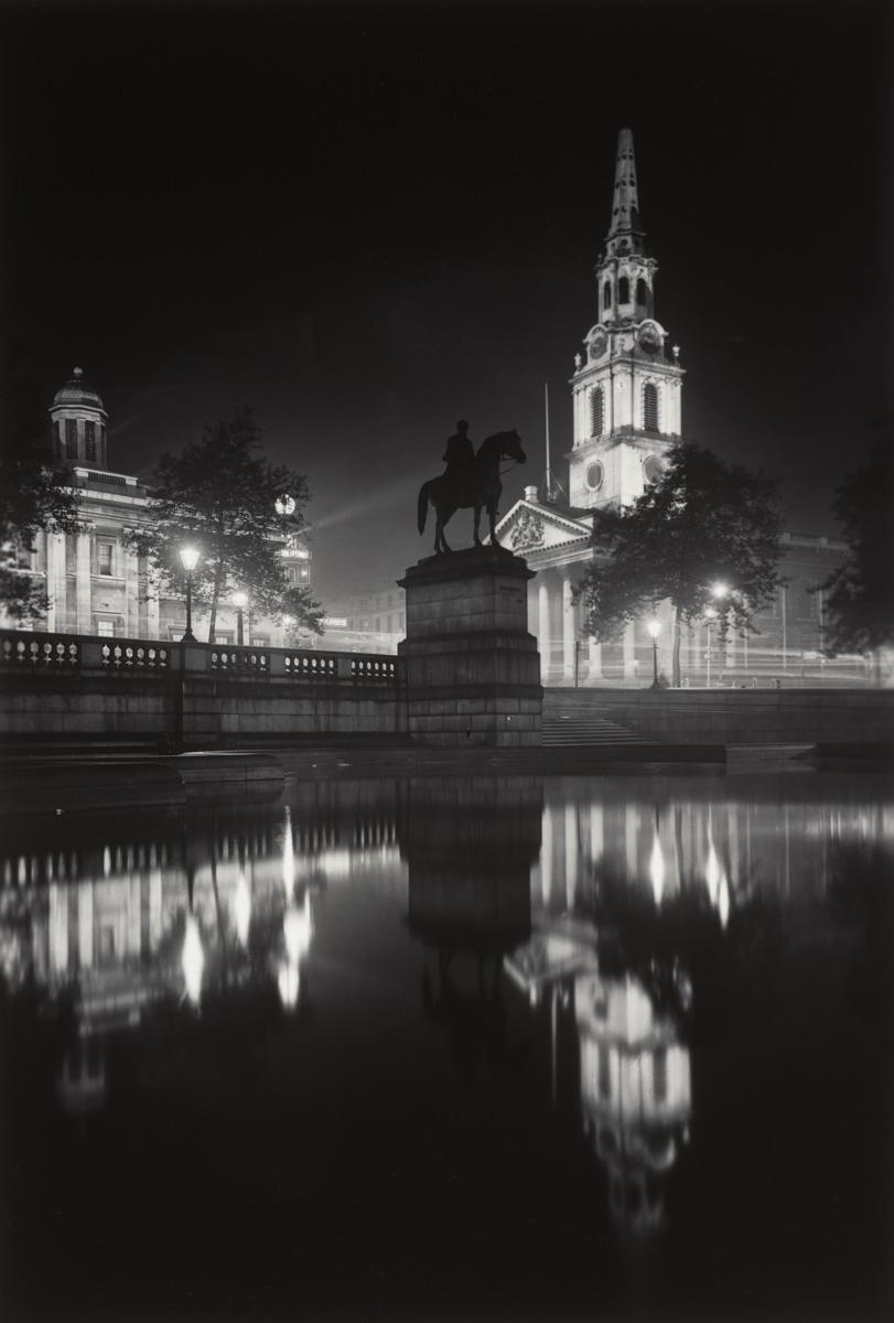 'Trafalgar Square at Night', George Davison Reid © Museum of London