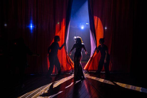 © Matt Humphrey - Curtain Call (2016)