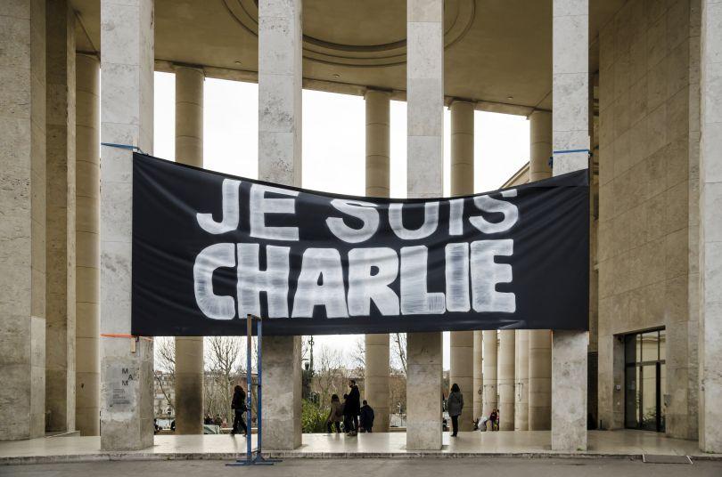 Je suis Charlie banner outside Palais de Tokyo at January 10, 2015. Image credit: Paul SKG