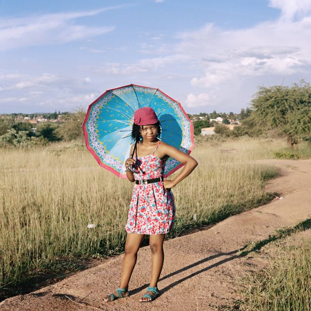 Homeland, Thembi Mathebulaor Nzimande, Siyabuswa, former Kwandebele, 2009; Courtesy of the artist and Goodman Gallery