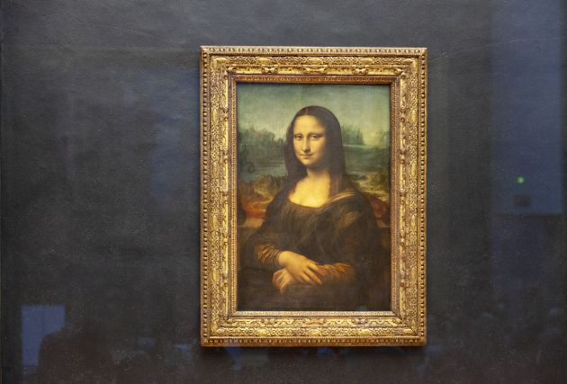 Mona Lisa at The Louvre, Paris. Image licensed via Adobe Stock