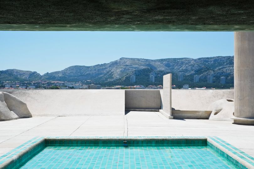 Corbusier Pool Building ©Pixabay