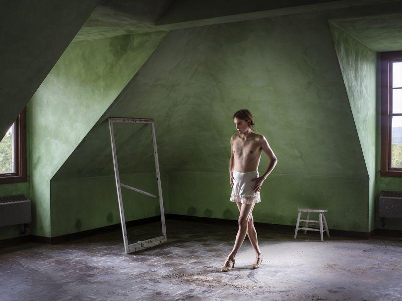 Attic Dormitory (Walking)