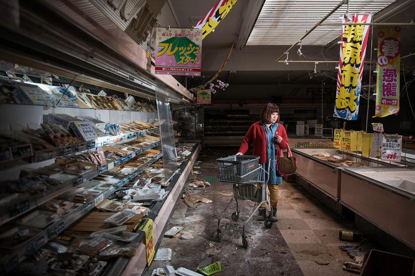 Midori Ito in an abandoned supermarket in Namie