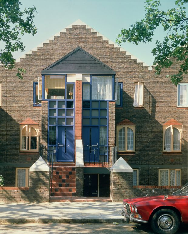 Jeremy and Fenella Dixon, St Mark's Road, London, 1979. Credit: Dixon Jones Architects