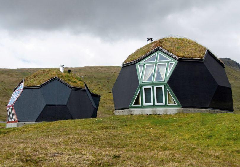 Kvivik Igloo, Kvivik, Faroe Islands, Denmark, 2000, Easy Domes Limited. Picture credit: INSADCO Photography (page 54)