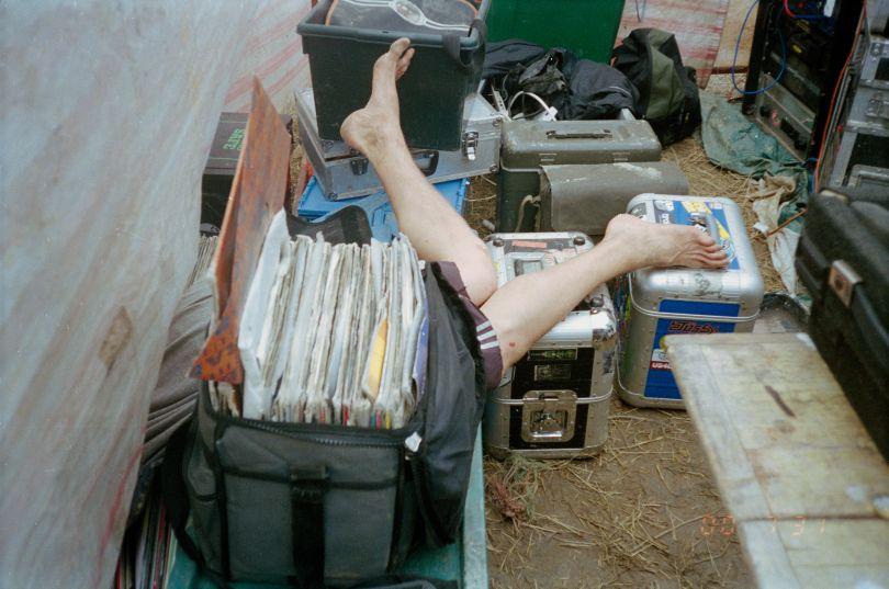 Legs, Hekate sound system, Czech Tek 1999 © Seana Gavin